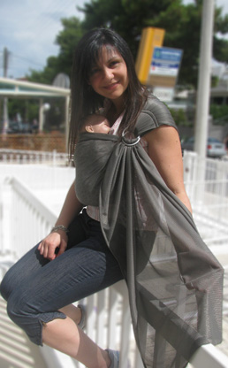 Mesh fabric ring sling for the sea and the water