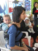 Από συνάντηση για μάρσιπους babywearing