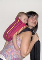 Σε κανένα σημείο μ' αυτή τη μέθοδο δεν χρειάζεται να αφήσεις το μωρό σου, το κρατάς συνέχεια!