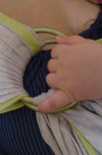 Πανέμορφη εικόνα babywearing