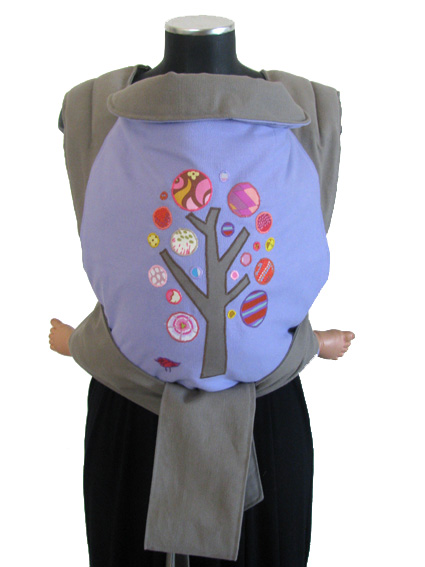 "<a href=""http://www.babywearing.gr/product/aplique-bubble-tree/""target=""_blank"">δέντρο φούσκες</a> 30€"