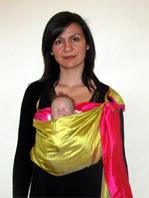 Αυτή η θέση ενδείκνυται και για μωρά με κολικούς