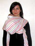 Θέση ρεψίματος με μάρσιπο αγκαλιάς sling
