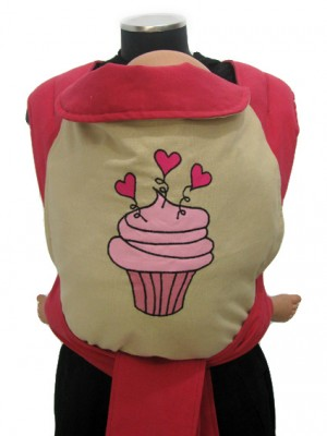 """<a href=""""http://www.babywearing.gr/product/applique-cupcake/""""target=""""_blank"""">cupcake</a>  20€"""
