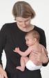 Τα μωρά μαζεύουν τα γονατάκια και θέλουν το στομάχι τους καλυμμένο