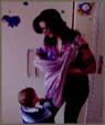 Βίντεο: Μεγάλο παιδί σε μάρσιπο αγκαλιάς σε δευτερόλεπτα!