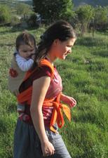 Με το μωρό στο μάρσιπο Αστεράκι mei tai