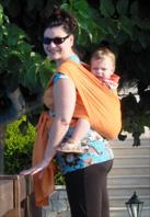 Με το μωρό στην πλάτη εσύ νιώθεις άνετα και το μωρό σου είναι ευχαριστημένο!