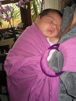 Μωρό χωρίς κολικούς σε μαρσιπο