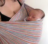 Νεογέννητο μωράκι σε μάρσιπο ring sling