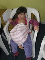 Παιδιά και μωρά στα μαθήματα babywearing