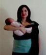 Πώς να φορέσεις το μωρό στο sling στην ξαπλωτή θέση
