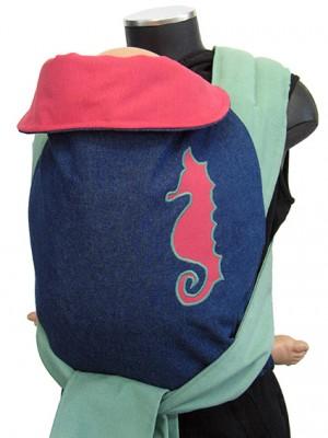 "<a href=""http://www.babywearing.gr/product/aplique-sea-horse/"" target=""_blank"">ιππόκαμπος</a> 7€"