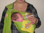 Τάισμα μωρού με μπιμπερό και ελεύθερα χέρια!