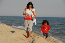 Με το μωρό στη θάλασσα και ελεύθερα χέρια