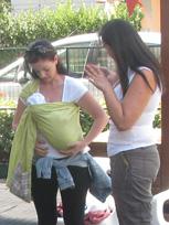 Βοήθεια με θηλασμό σε μάρσιπο sling