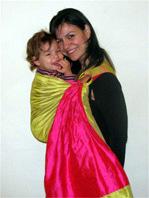 Όσο ψηλότερα είναι το μωρό στο σώμα σου τόσο πιο άνετο θα είναι για σένα!