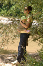 Βόλτα στο Νέστο μαζί με το μωρό