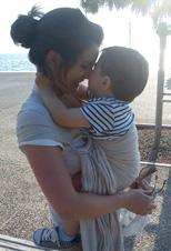 Αγκαλιά με το μωρό