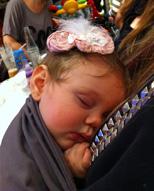 Ήρεμο μωράκι σε Αστεράκι sling