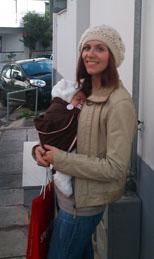 Με το μωράκι σε μάρσιπο sling