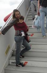 Στο αεροπλάνο με το μωρό
