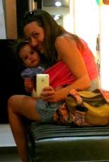 Στο μαγαζί με το μωρό