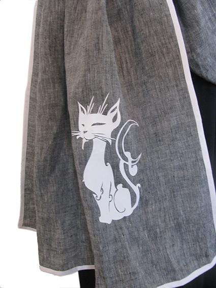 "<a href=""http://www.babywearing.gr/product/ironon-cat-holding-moon/ ""target=""_blank"">Γατούλα στο φεγγάρι</a> 15€"