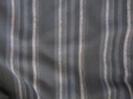 """1392<br><a href=""""http://www.babywearing.gr/product/fabric-1392"""" target=""""_blank"""">Λεπτόριγο σκούρο</a><br>Εκτός αποθέματος"""